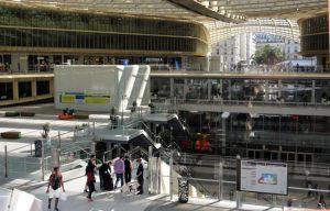 Sous la Canopée, vue sur les trois niveaux du centre commercial