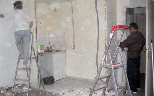 La suppression de deux cloisons du coin cuisine ouvre le studio