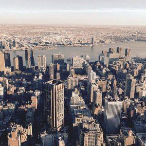 Différentes vues à 360° du 86è étage (a)